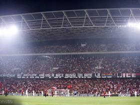 球迷高唱反对同性恋歌曲,尼斯与马赛的比赛被迫中断10分钟