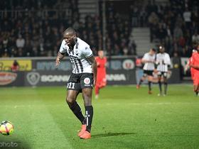 法媒:达成协议,摩纳哥接近签下昂热前锋坎加