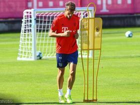 图片报:欧冠首战在即,拜仁已经有两天没训练了