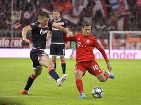 半场战报:拜仁1-0红星,科曼鱼跃头球破门,库鸟进球被吹