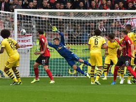 半场战报:多特1-0弗赖堡,维特塞尔世界波,皮什切克伤退