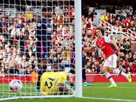 剑南春   英超战报:阿森纳1-0伯恩茅斯,路易斯攻入加盟首球