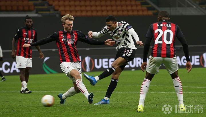 连续4次被米兰淘汰后,曼联近两次在欧战遇米兰均晋级